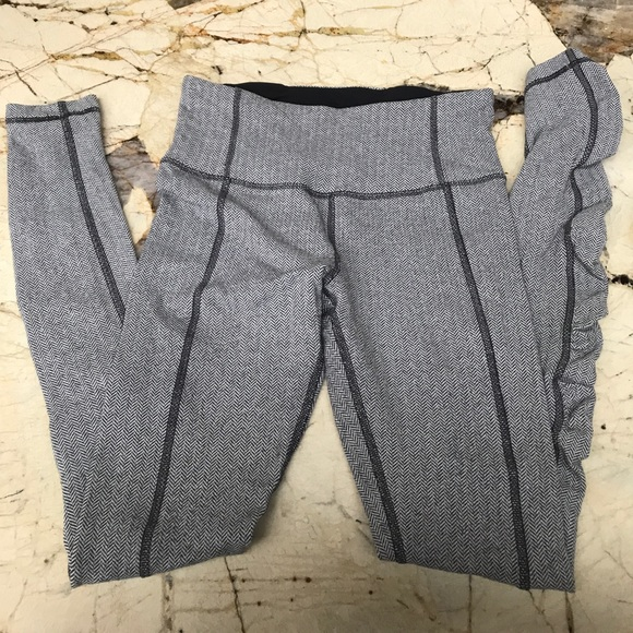 0cbb1f479fe79 lululemon athletica Pants | Lululemon Leggings With Scrunch At The ...